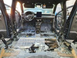 Dépollution de l'intérieur d'une voiture.